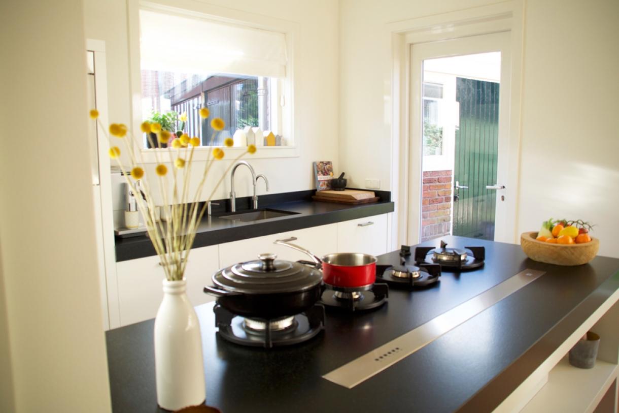 Tijdloze keuken met innovatieve oplossingen, Zeist - Piet de Wit ...